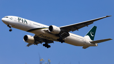 A picture of APBID - Boeing 777340(ER) - Pakistan International Airlines - © Shajie Hussain