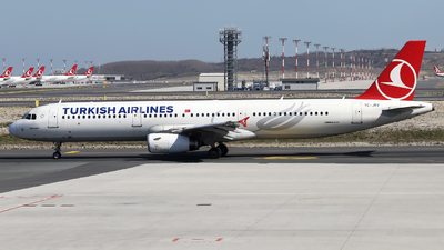 A picture of TCJRV - Airbus A321231 - Turkish Airlines - © Firat Cimenli