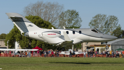 LV-HWA - Honda HA-420 HondaJet - Private