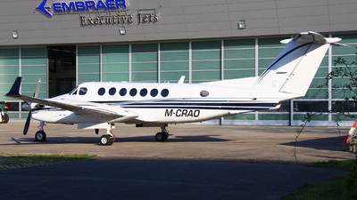 M-CRAO - Beechcraft B300 King Air 350 - Private