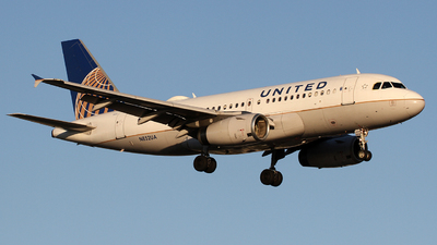 N852UA - Airbus A319-131 - United Airlines