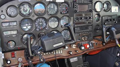 SP-FZX - Cessna 172N Skyhawk II - Zelazny Aerobatic Team