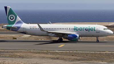 EC-LZD - Airbus A320-214 - Iberojet