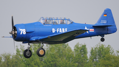 D-FABE - North American T-6 Harvard - Private