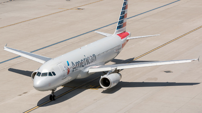 N653AW - Airbus A320-232 - American Airlines