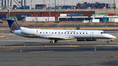 A picture of N15555 - Embraer ERJ145LR - United Airlines - © Zihaoo W & Donny H Photography
