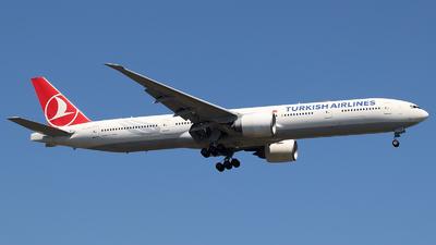 TC-JJG - Boeing 777-3F2ER - Turkish Airlines