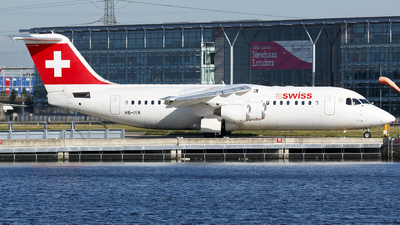 HB-IYR - British Aerospace Avro RJ100 - Swiss