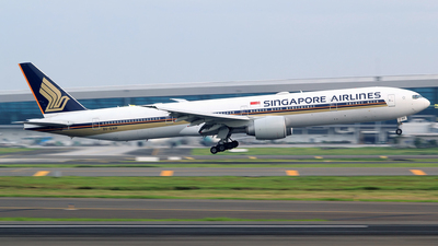 A picture of 9VSWP - Boeing 777312(ER) - Singapore Airlines - © M. Raykahn Ariga