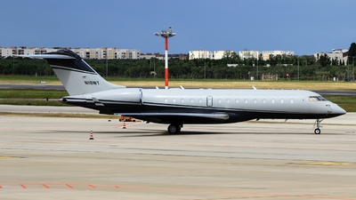 N118WT - Bombardier BD-700-1A10 Global Express XRS - Private