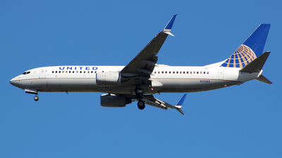 N33289 - Boeing 737-824 - United Airlines