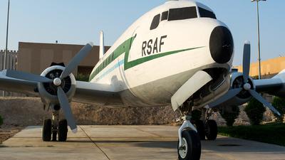 450 - Douglas C-54A Skymaster - Saudi Arabia - Air Force