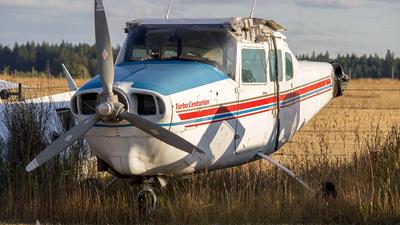 - Cessna T210G Turbo Centurion - Private