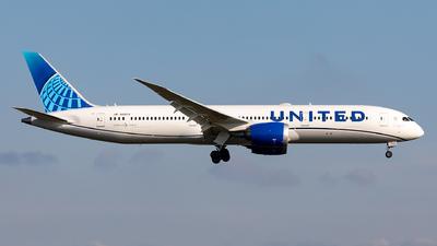 A picture of N29978 - Boeing 7879 Dreamliner - United Airlines - © Sebastian Sowa