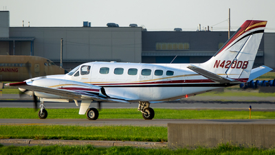 A picture of N420DB - Cessna 441 Conquest - [4410129] - © Stephen J Stein