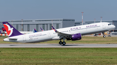 A picture of DAVYF - Airbus A321 - Airbus - © Michal Furmanczak