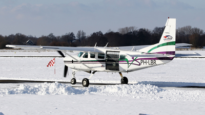 A picture of PHLBR - Cessna 208 Caravan I - [20800101] - © Jeroen Stroes