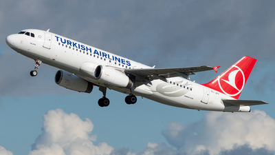 A picture of TCJPT - Airbus A320232 - Turkish Airlines - © marfi80