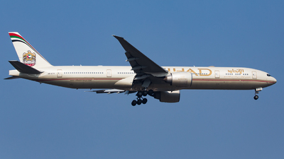 A picture of A6ETO - Boeing 7773FX(ER) - Etihad Airways - © Ren LanMing