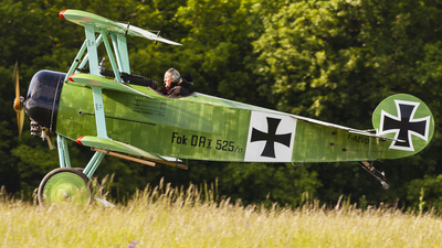 F-AZVD - Fokker DR.1 - Private