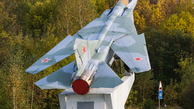 45 - Mikoyan-Gurevich Mig-23MLD Flogger - Russia - Air Force