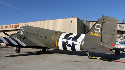 N60154 - Douglas DC-3 - Private
