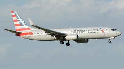 N979NN - Boeing 737-823 - American Airlines