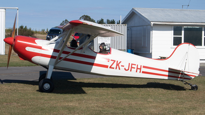 ZK-JFH - Hansen Deuce - Private