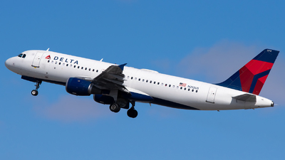 A picture of N312US - Airbus A320211 - Delta Air Lines - © Steve Rinde