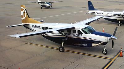 A picture of N950PA - Cessna 208B Grand Caravan - Sun Air Express - © Jenna Achtzehn