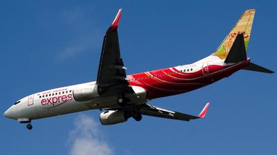 VT-AXU - Boeing 737-8HG - Air India Express