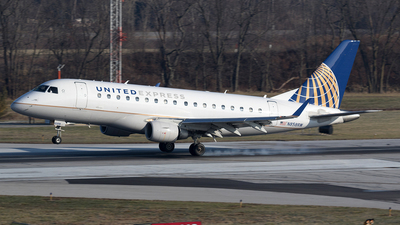N858RW - Embraer 170-100SE - United Express (Shuttle America)
