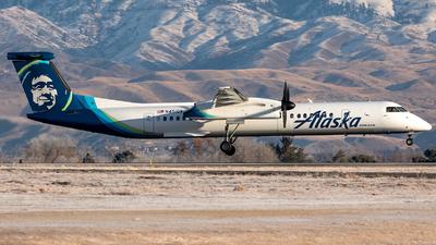 A picture of N451QX - De Havilland Canada Dash 8400 - Alaska Airlines - © CJMoeser