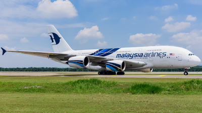 A picture of 9MMNA - Airbus A380841 - Malaysia Airlines - © Nigel Shim