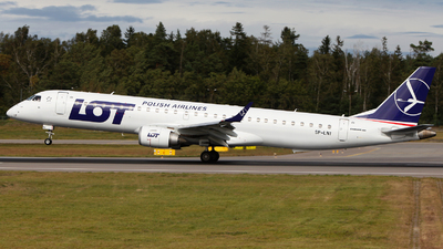SP-LNI - Embraer 190-200IGW - LOT Polish Airlines