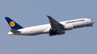 A picture of DALFA - Boeing 777FBT - Lufthansa Cargo - © Nestor Hung