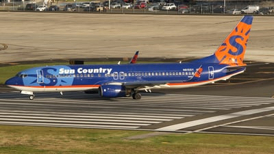 A picture of N815SY - Boeing 7378BK - Sun Country Airlines - © Carlos Vaz