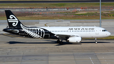 ZK-OJA - Airbus A320-232 - Air New Zealand