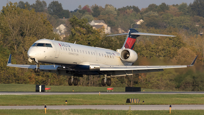 N608QX - Bombardier CRJ-701ER - Delta Connection (ExpressJet Airlines)