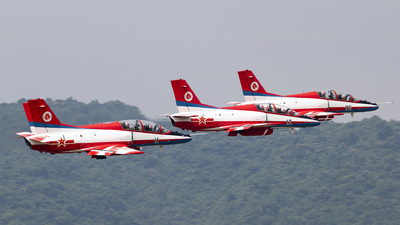 11 - Hongdu JL-8 - China - Air Force