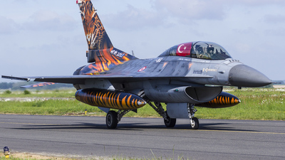 93-0696 - General Dynamics F-16D Fighting Falcon - Turkey - Air Force