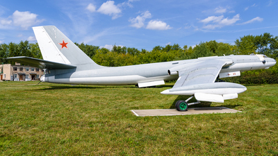 60 - Myasischev M-4 - Russia - Air Force