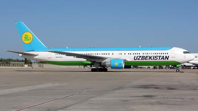 UK-67006 - Boeing 767-33P(ER) - Uzbekistan Airways