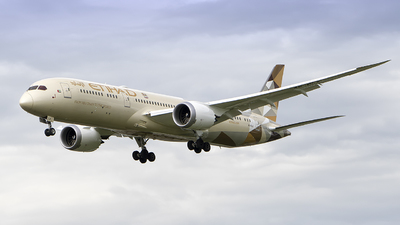 A6-BLM - Boeing 787-9 Dreamliner - Etihad Airways