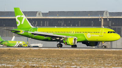 VQ-BDT - Airbus A320-214 - S7 Airlines