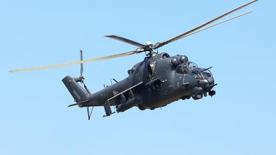 711 - Mil Mi-24V Hind E - Hungary - Air Force