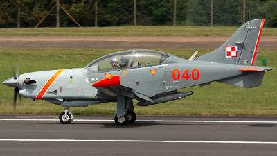 040 - PZL-Warszawa PZL-130 TC2 Orlik - Poland - Air Force
