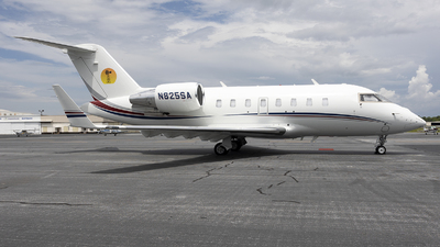 N825SA - Bombardier CL-600-2B16 Challenger 605 - Private