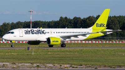 YL-CSF - Bombardier CSeries CS300 - Air Baltic