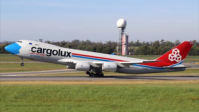 A picture of LXVCF - Boeing 7478R7(F) - Cargolux - © Gerhard Walla